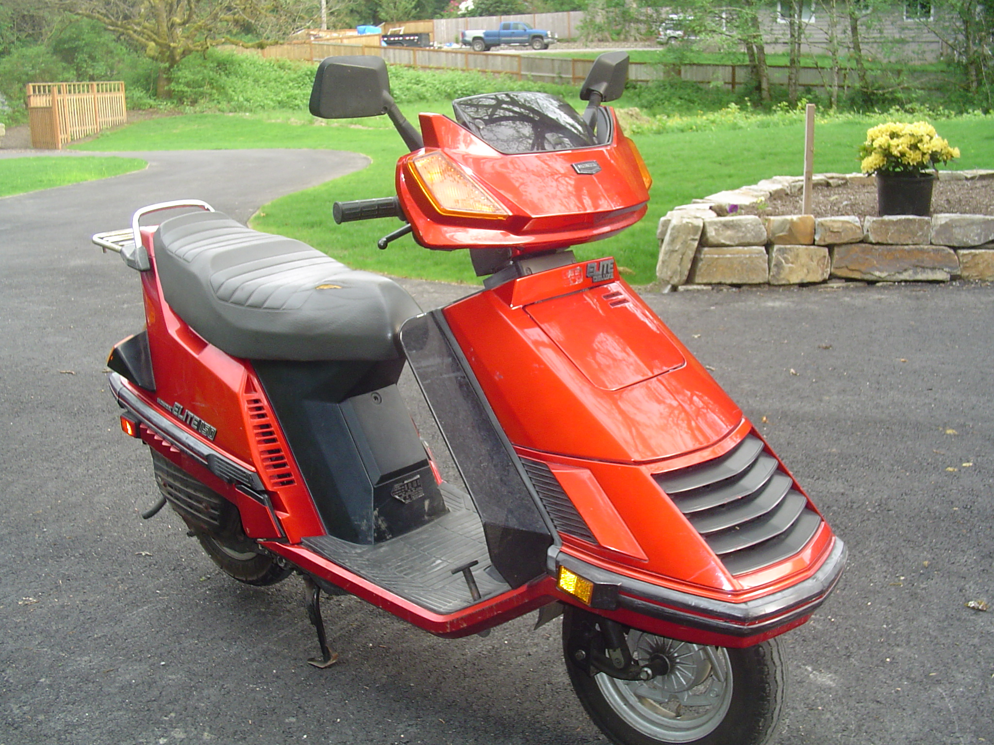 1986 honda elite 80 scooter. Black Bedroom Furniture Sets. Home Design Ideas