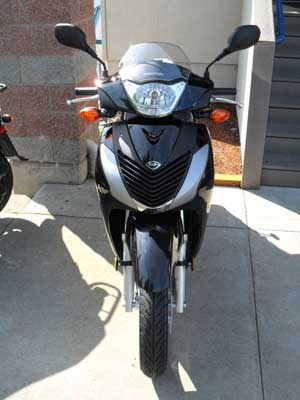 SH150i front view