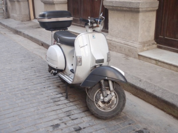 Cuban Vespa PX