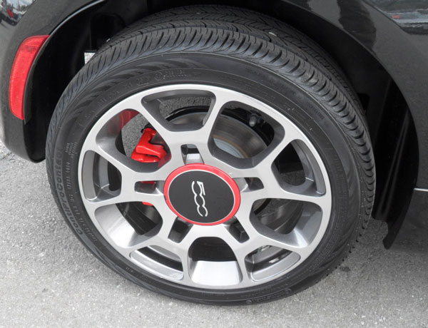 Sport alloy wheel