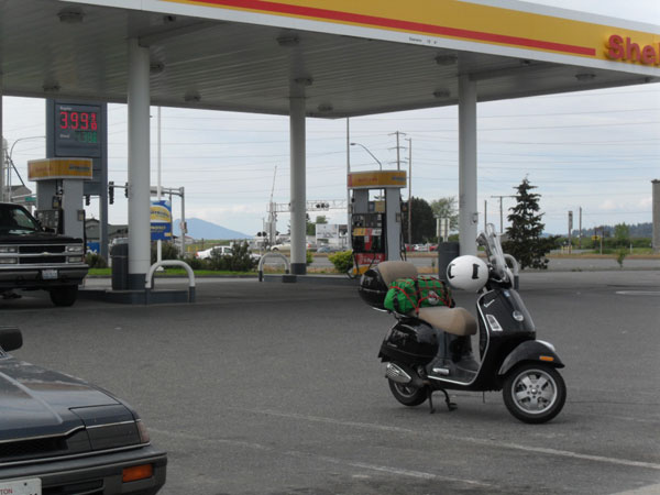 The GTS at the Shell station