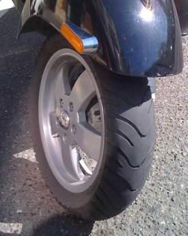 Front Kenda tire