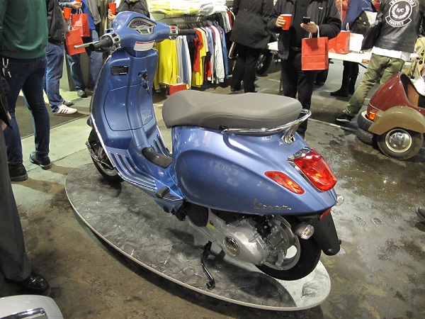 2014 Vespa Primavera rear view