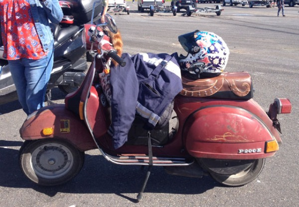 Sloppy Joe is a Vespa P200E